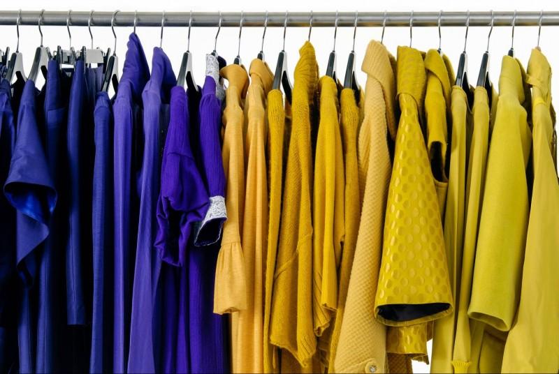 Colour clothes rack